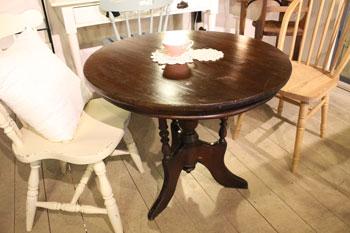 アンティーク ラウンドテーブル コーヒーテーブル 木味