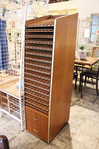 木製店舗什器 木製陳列棚 木製ラック ボビンラック アパレル ビンテージラック