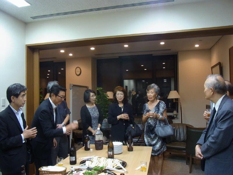 懇親会トロントからの参加者新聞学科63年卒RIMG5428