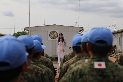 【アグネス・チャン氏が南スーダンに来訪】防衛省がアグネスチャンの南スーダン訪問をFBに投稿!批判コメント殺到「詐欺師、支那工作員だ」