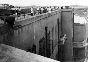 女子高校生が殺されていた小松川高校の屋上 1958年8月 東京・江戸川区