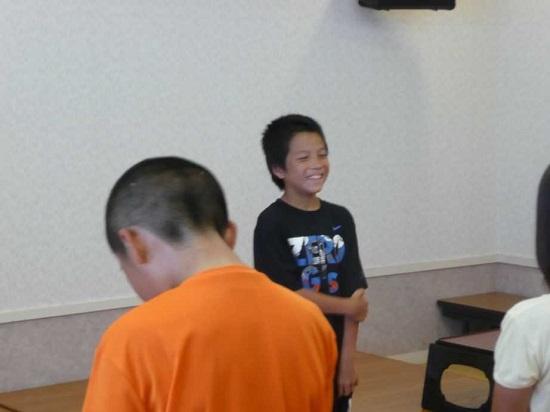 島根県の隠岐(おき)諸島にある小学校から川崎市内に転校してきた