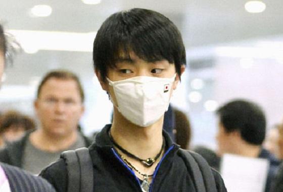 羽生結弦選手の高性能「日の丸マスク」(花粉症と支那の大気汚染対策)