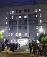 逮捕された18歳の少年が取り調べを受けている、捜査本部が置かれた川崎署=27日夕