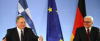 ギリシャのコチアス外相が訪問先のドイツ・ベルリンでドイツのシュタインマイヤー外相と共同記者会見を行い、第二次大戦中のナチス・ドイツから受けた損害に対する賠償請求を検討していることを明らかにした