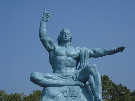 長崎県の平和祈念像