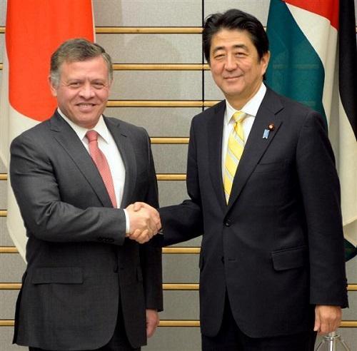 .日本とヨルダンの関係で日本国民が知っておかなければならないことは、ヨルダンはアブドラ・ビン=フセイン国王陛下をいただく立憲君主制国家であり、日本のご皇室とも交流がある親日国家ということです。