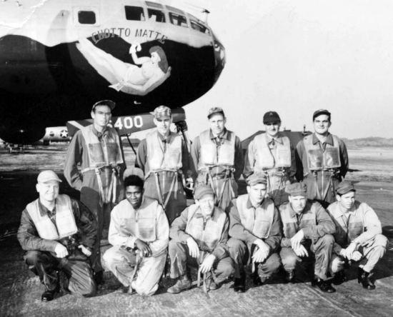 B-29爆撃機「ちょっと待って」号 Chotto Matte (ちょっと待って) は、この機体の固有名詞で、搭乗員たちは、思い思いに固有の名前を付けて、機首に描いた。