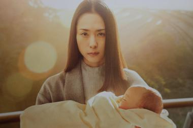 山崎貴 『寄生獣 完結編』 深津絵里演じる田宮良子の役回りは大きい。