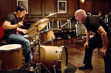 デイミアン・チャゼル 『セッション』 J・K・シモンズ演じるフレッチャーはニーマンに檄を飛ばす。