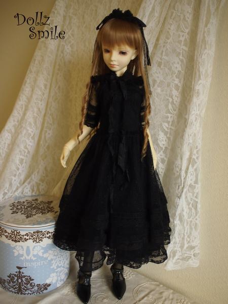 13 Black Rose 1