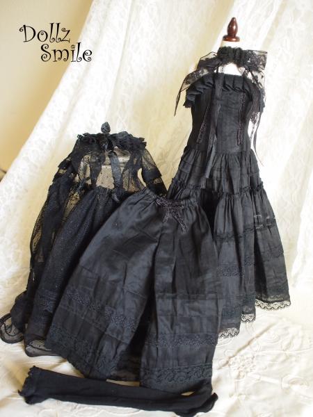 13 Black Rose 9