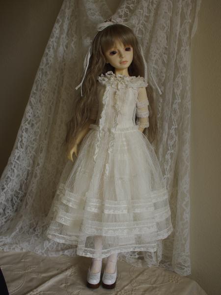 白ドレス 13