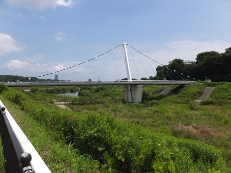 下飯田遊水地の鷺舞橋