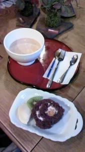 カフェオレ&ロールケーキ