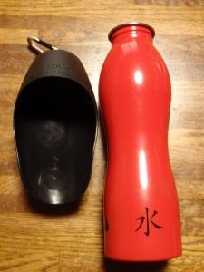 犬用水筒 :エクステリア横浜(愛犬と過ごすお庭空間のご相談をお受けしております。)
