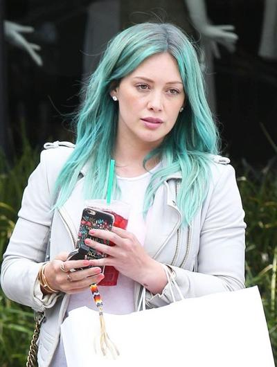 Hilary+Duff+Shows+Off+New+Look+20150324_02.jpg