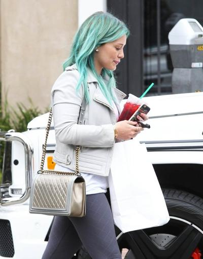 Hilary+Duff+Shows+Off+New+Look+20150324_03.jpg