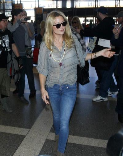 Kate+Hudson+at+LAX+20150126_03.jpg