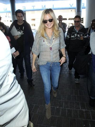 Kate+Hudson+at+LAX+20150126_04.jpg