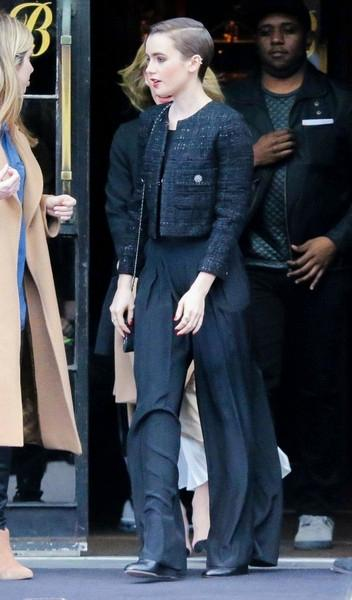 Short+Haired+Lily+Collins++20150407_01.jpg