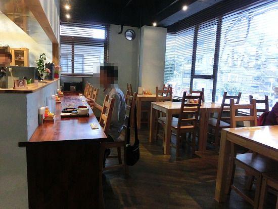s-かっちゃん店内CIMG7001