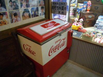 昭和のコーラ販売機