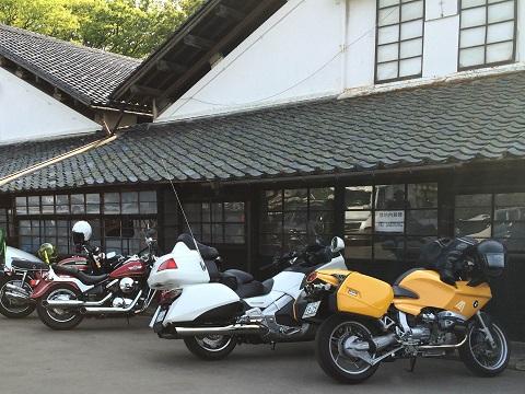 24山居倉庫