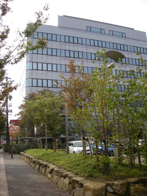 各務原産業文化センター