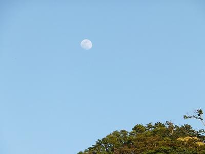 もうすぐ満月@勝山