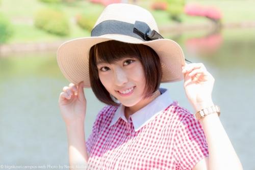 共立女子大学の美女 森田真理華 高校生の時に神宮球場でウグイス嬢 大学1年の時に高校野球のポスターのモデル