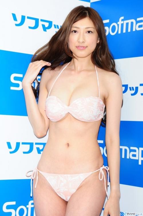 身長175センチ 安久澤ユノがソフマップ