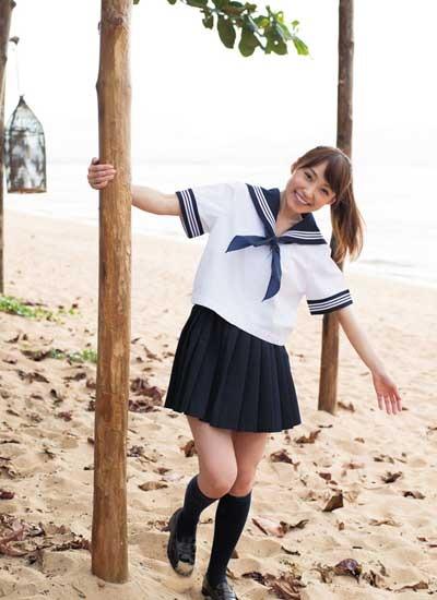 """""""奇跡の43歳"""" 中川祐子さん「30年ぶりにセーラー服を着ちゃいました!」"""