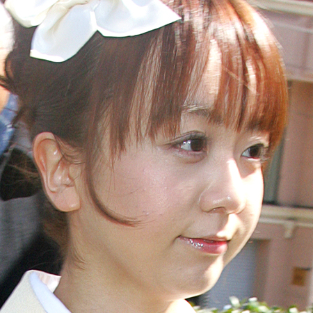 福田萌、1歳の娘に年間授業料200万円 「学歴バカの親」「横国ごときで恥ずかしい」などと叩かれる