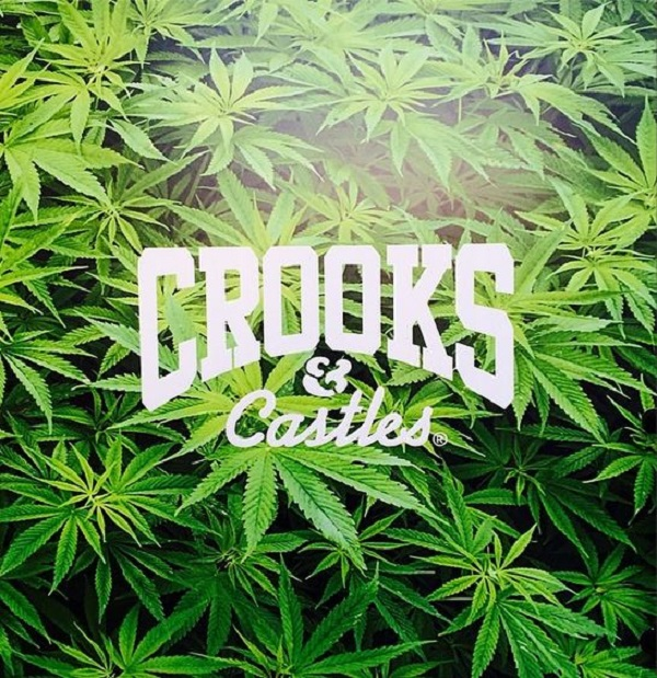 growaround_crooks_weedlogo1_20150122194022ba9.jpg