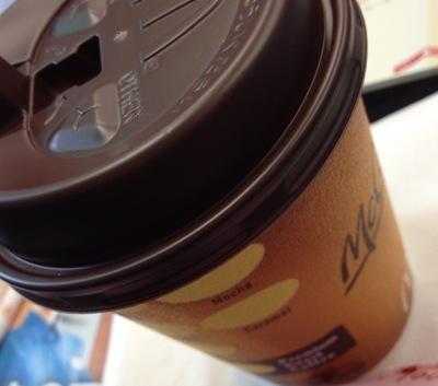 朝マック コーヒーのMサイズ