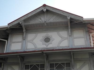 浜寺公園駅 窓