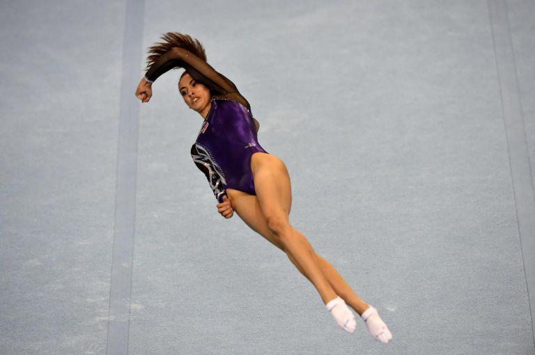 「性器の形見える」と批判されたマレーシアの女子体操選手・ファラー・アン・アブドル・ハジのレオタード姿