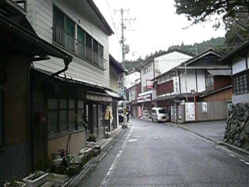 uenoya0415002_R.jpg