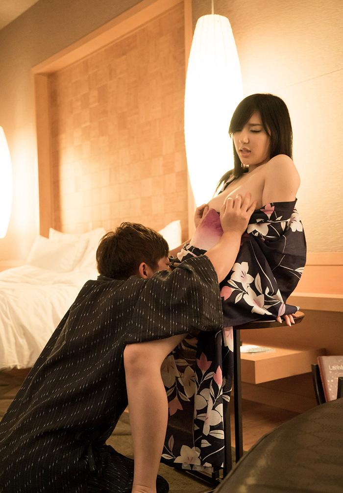 藤嶋唯 セックス画像 14