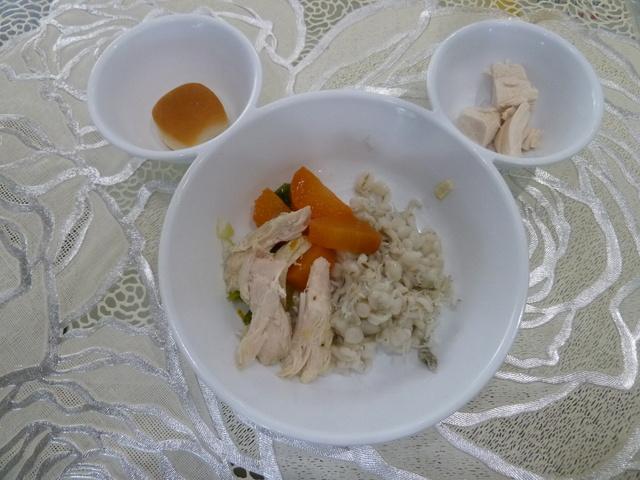 150506ポン太昼食①