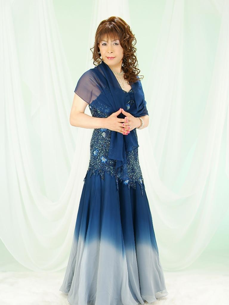 091207濃紺ドレス(1)