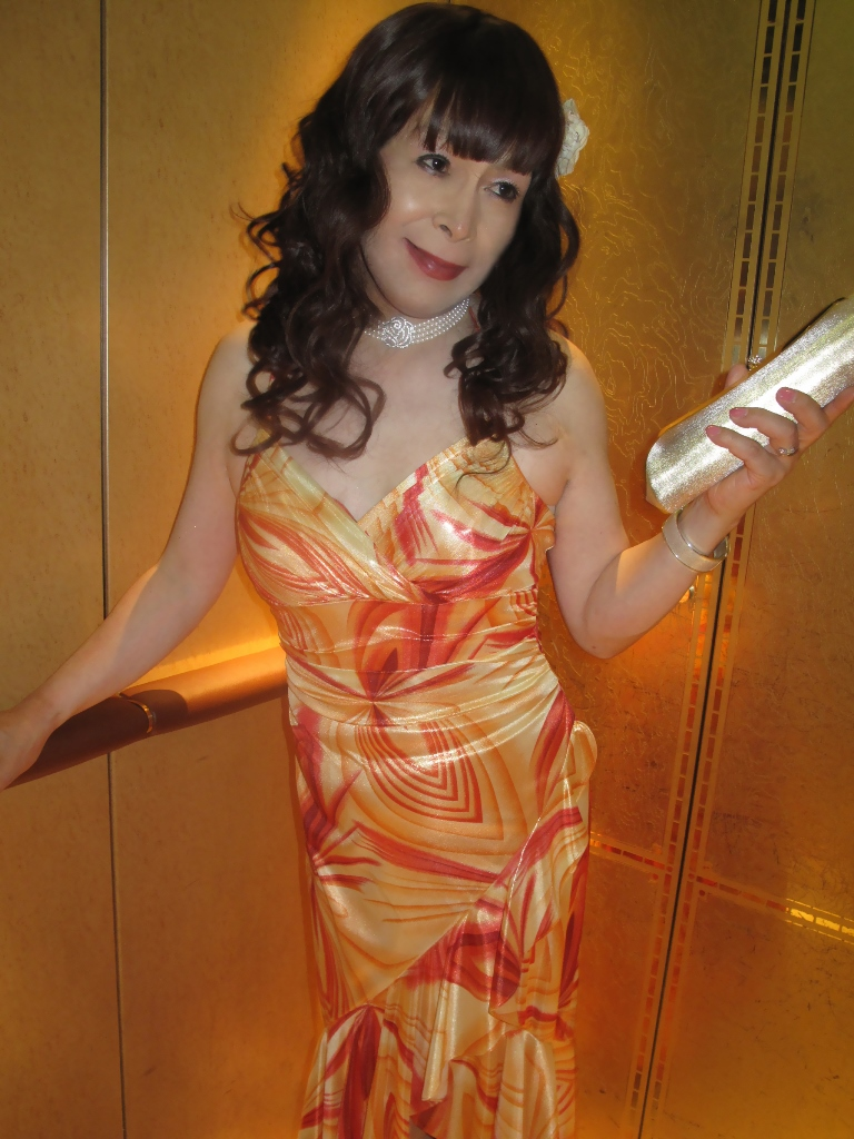 100614オレンジドレス(5)