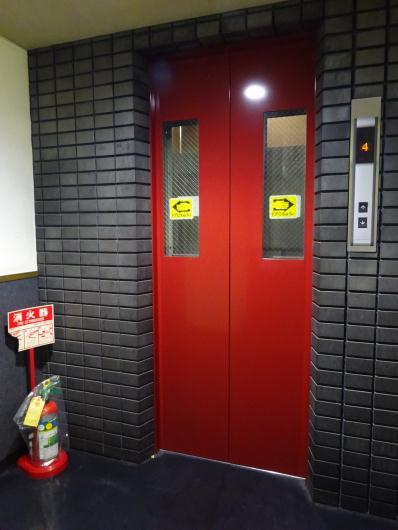 エレベーター塗装工事終了