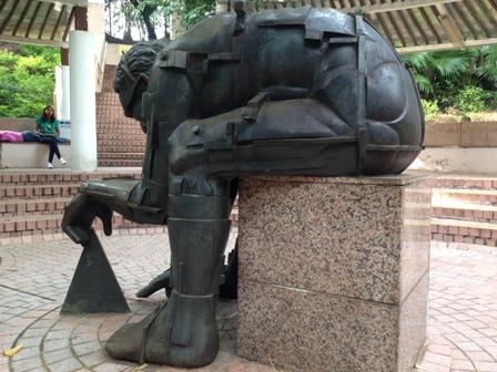 九龍公園の彫刻