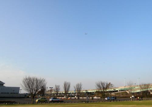 またまた!W740バルサ機飛んでまーす。