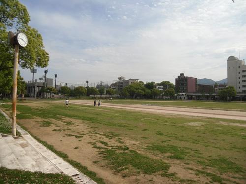 市営陸上競技場2
