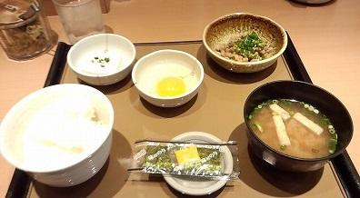 納豆朝食350円やよい軒