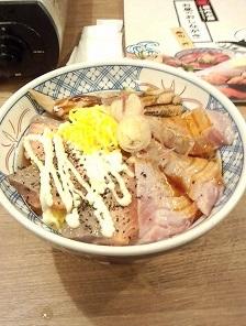 3色炙り丼730円税込磯丸水産