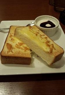 チーズトーストモーニング20150203ミツヤ2